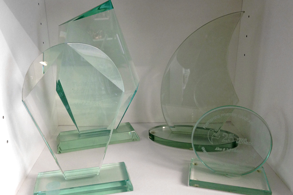Glass and Crystal Awards for Business